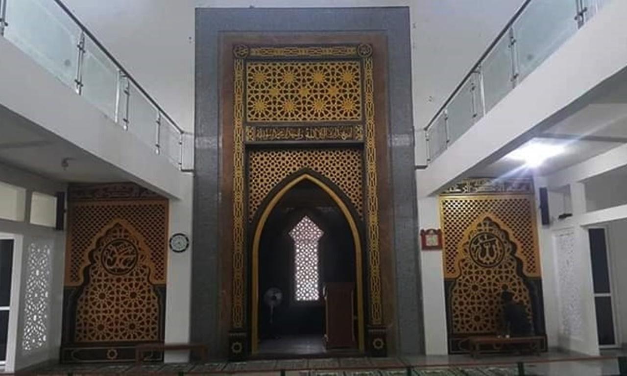 Mihrab Masjid GRC 004